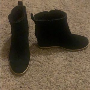 Ugg marte boot. Black. Size 9.5